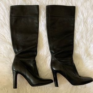 Micheal Kors knee high heeled leather boots